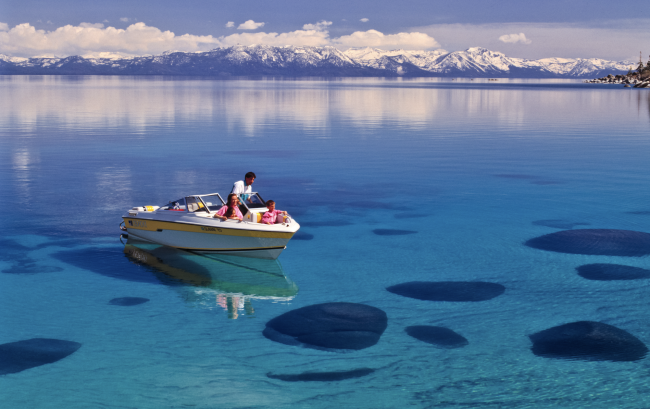 Boating Lake Tahoe: What You Need To Know | Tahoe Luxury ...