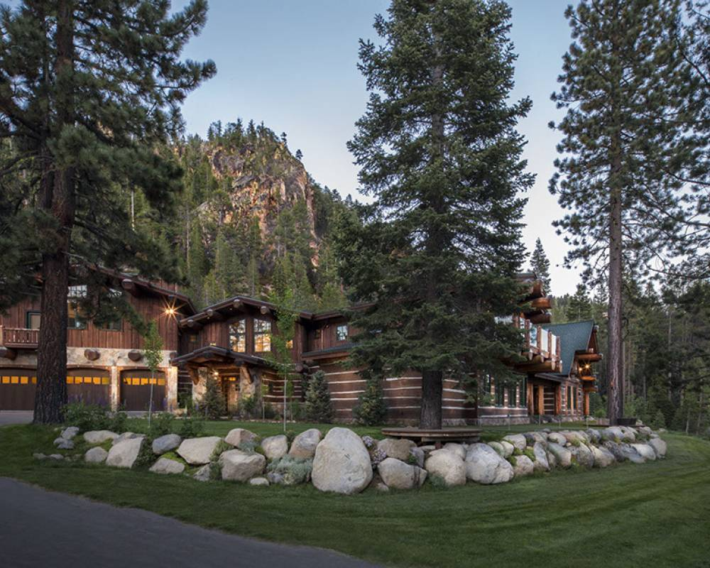 Painted Rock Lodge - real estate for sale