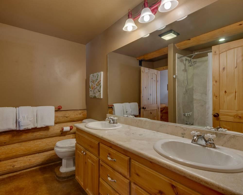 tahoe donner log cabin home for sale