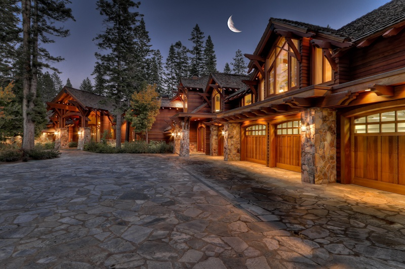 Amidst cool winter temps lake tahoe s luxury real estate for Luxury winter cabins